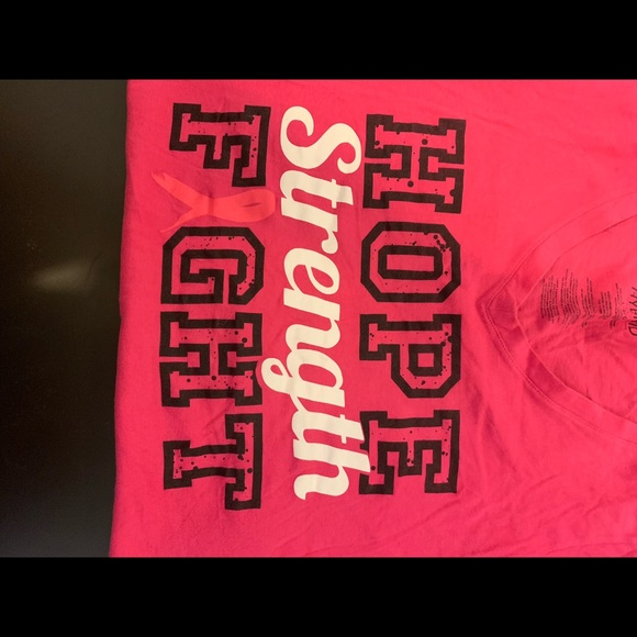 Hybrid & company Tops - PINK FIGHT CANCER TEE